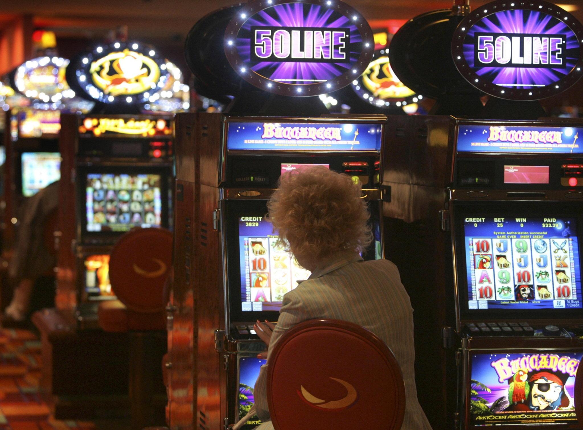 325% Cel mai bun cazinou bonus de înregistrare la Cherry Gold Casino