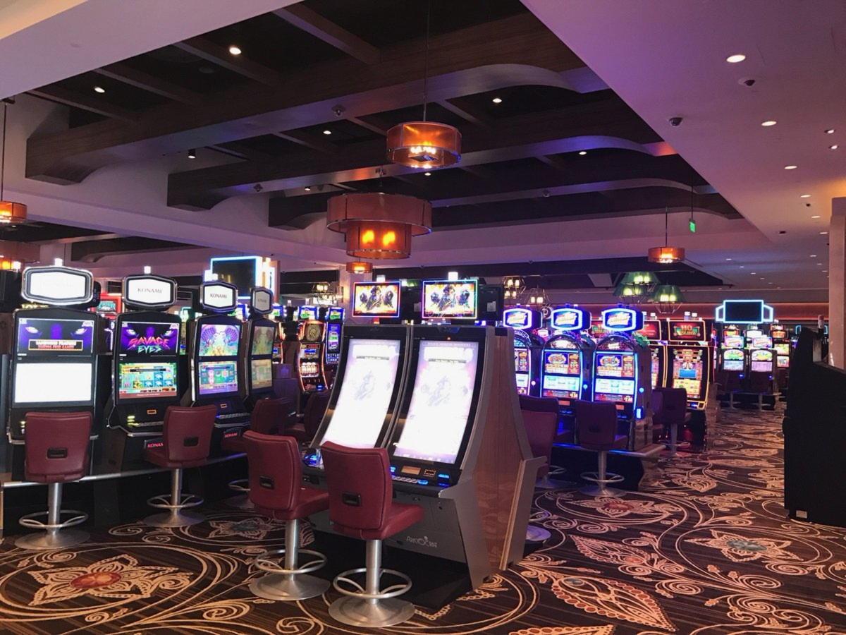 530% จับคู่โบนัสที่ Lucky Red Casino