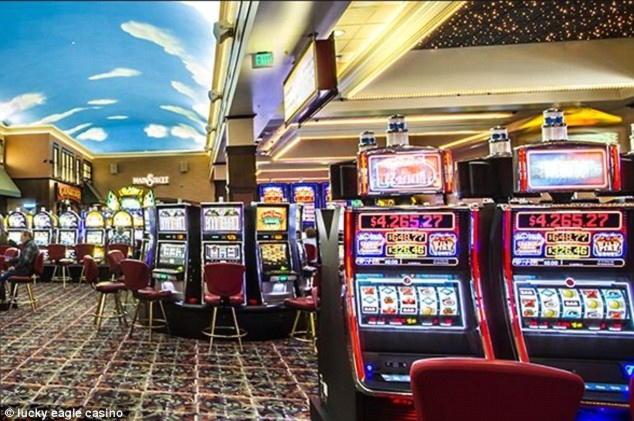 180% โบนัสการสมัครใช้ที่ดีที่สุดคาสิโนที่ Casino Max