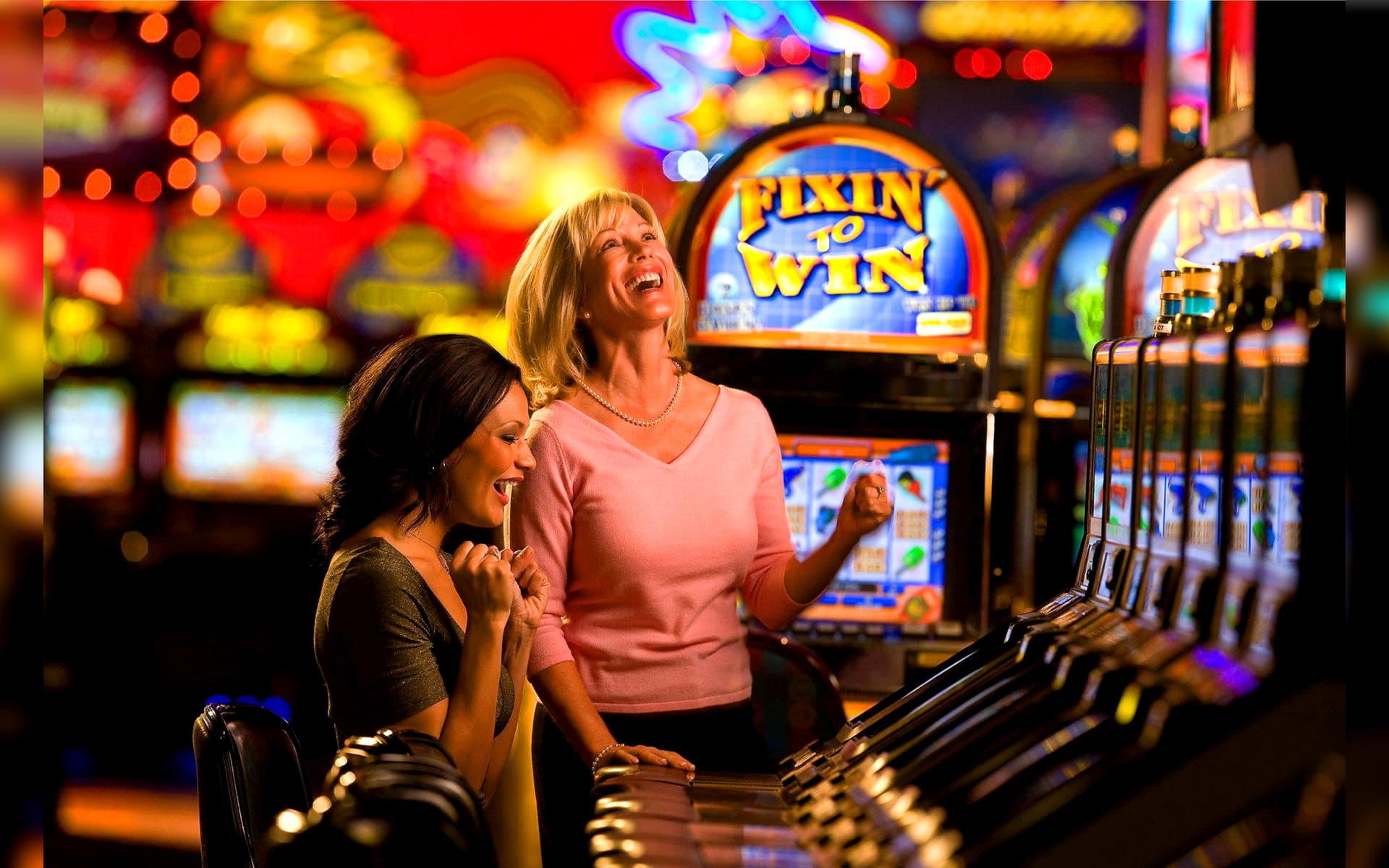 $2905 no deposit at High Roll Casino