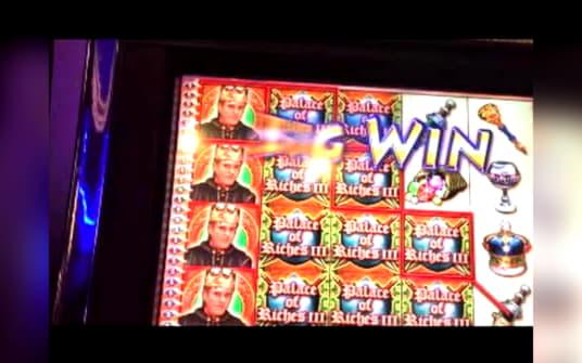 โบนัสการจับคู่คาสิโน 925% ที่ Supernova Casino