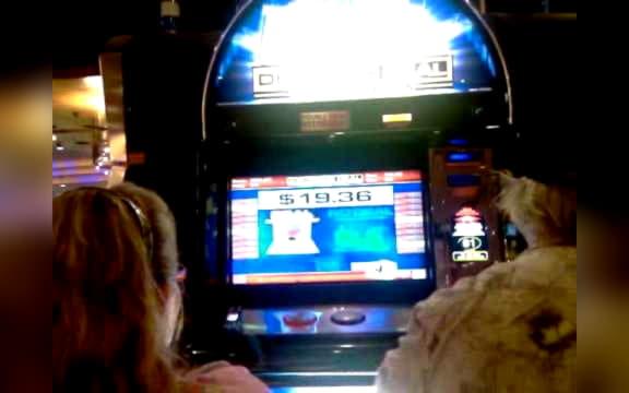 180 คาสิโนฟรีสปินที่ Vegas Crest Casino