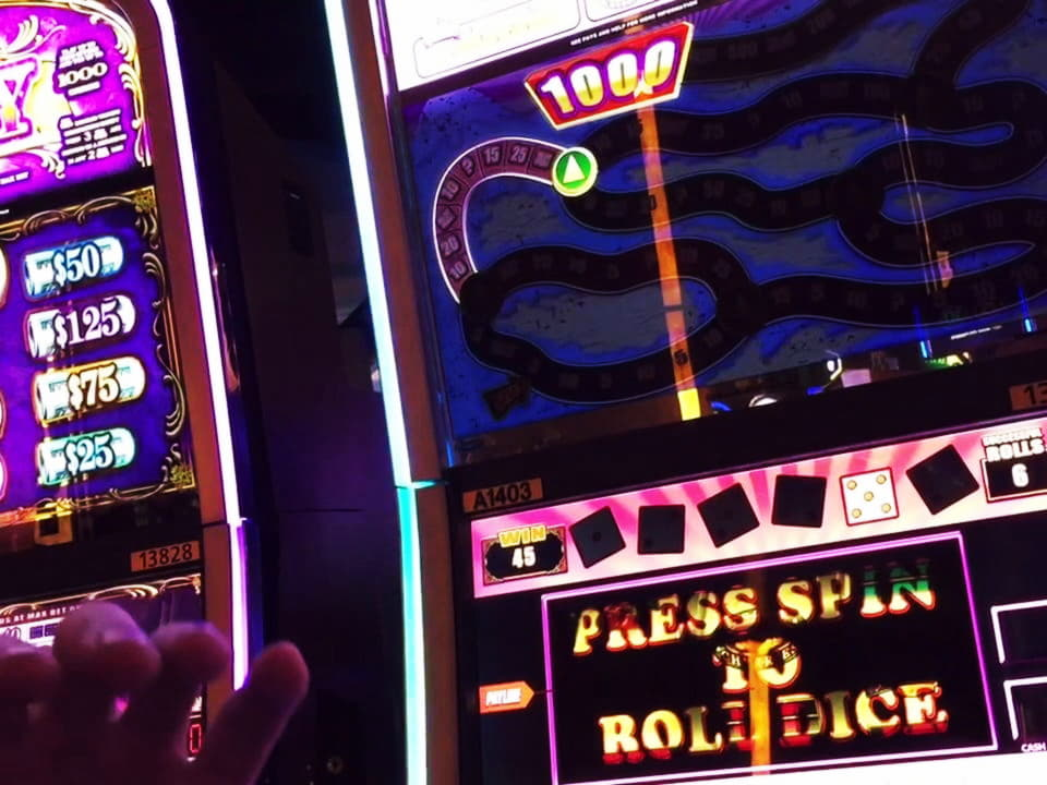 $ 755 การแข่งขันคาสิโนออนไลน์ที่ CoolCat Casino