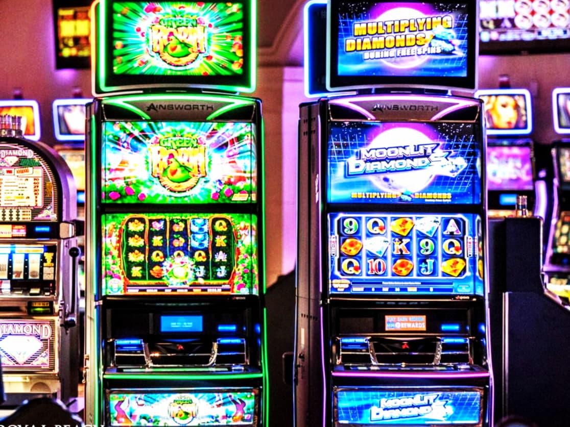 การแข่งขัน EURO 55 ฟรีคาสิโนที่ Slots Of Vegas Casino
