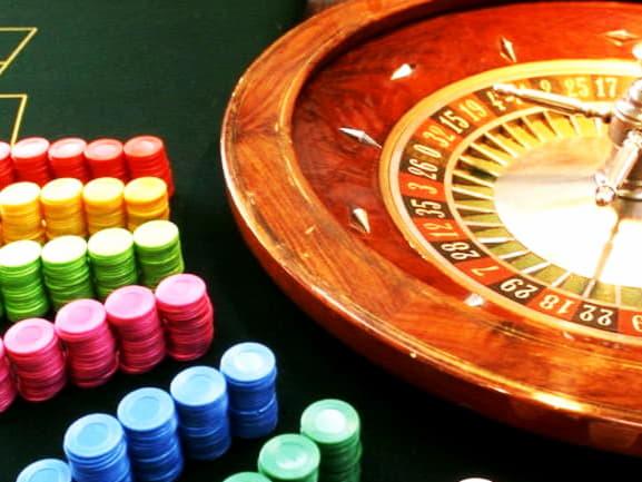 คาสิโนฟรี 205 หมุนที่ Cherry Jackpot Casino