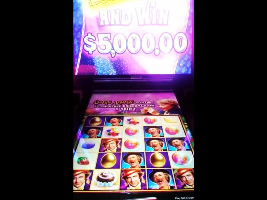 55 ฟรีสปินไม่มีการฝากที่คาสิโน Treasure Island Jackpots (กระจกเงินสด Sloto)