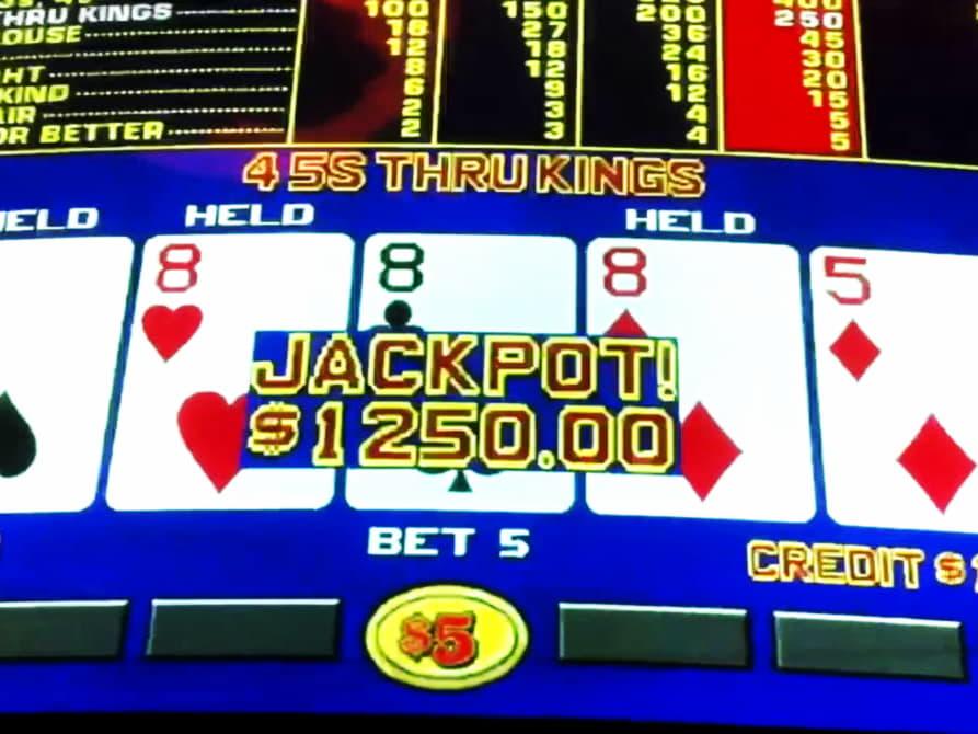 $ 1990 ไม่มีเงินฝากที่ Uptown Pokies Casino