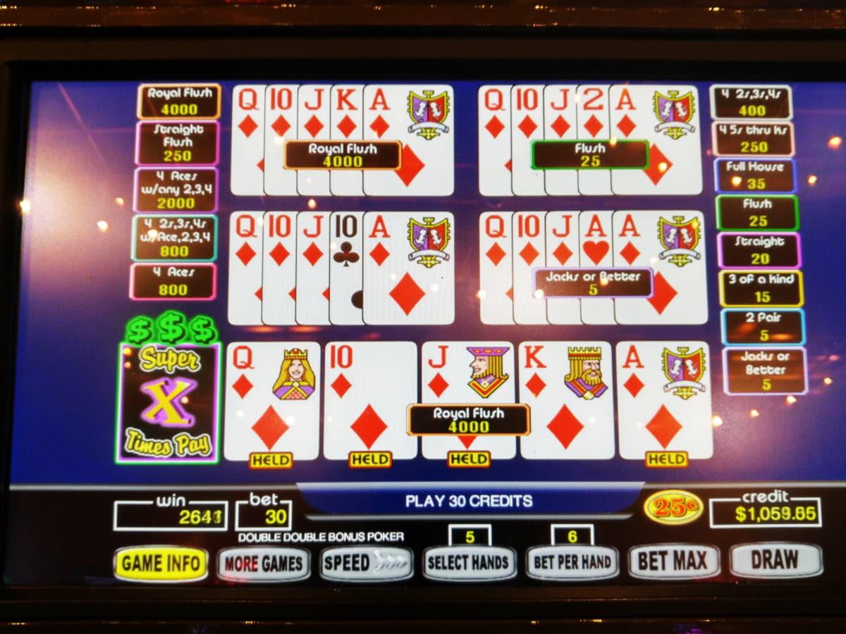 โบนัสจับคู่คาสิโน 905% ที่ Desert Nights Casino