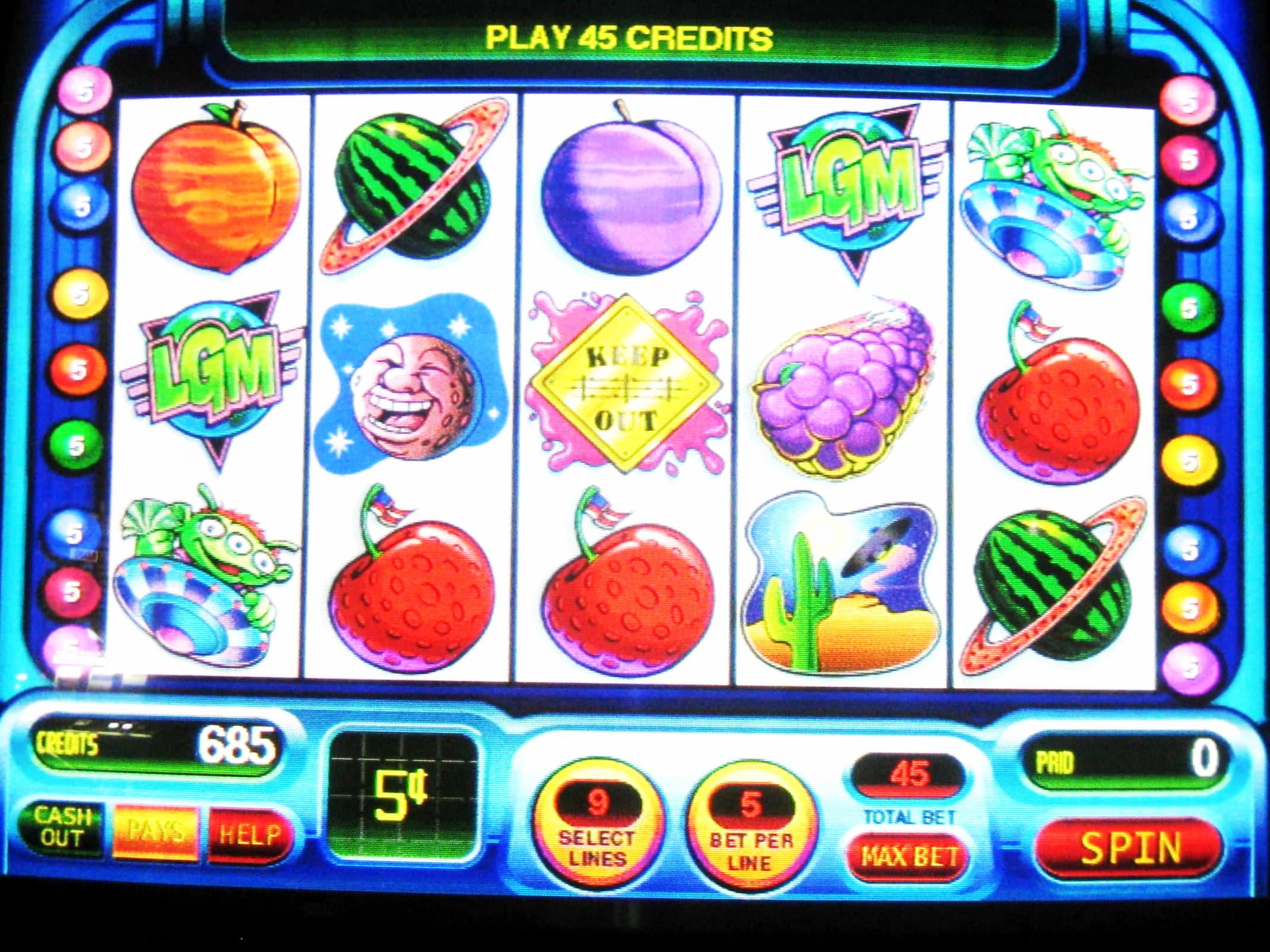 € 195 ชิปฟรีที่ Lucky Red Casino