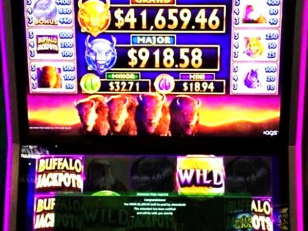 € 400 Casino Tournament ที่ CoolCat Casino