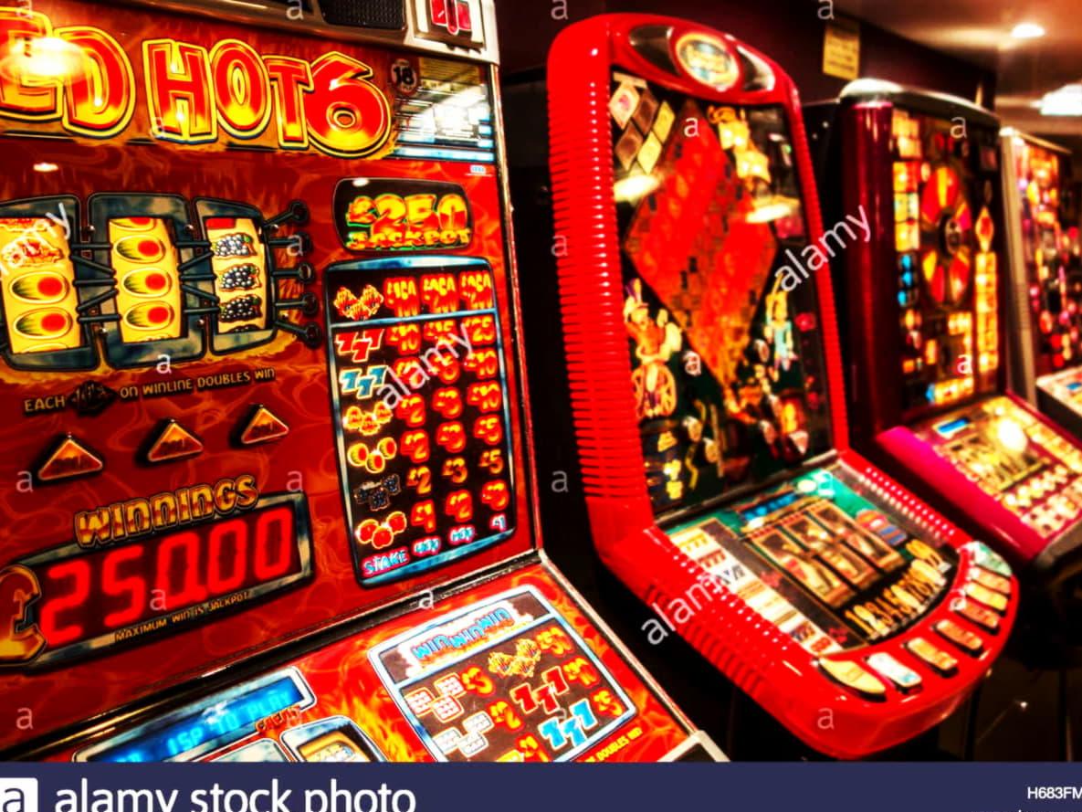 € 285 ทัวร์นาเมนต์สล็อตฟรีโรลประจำวันที่ Golden Lion Casino